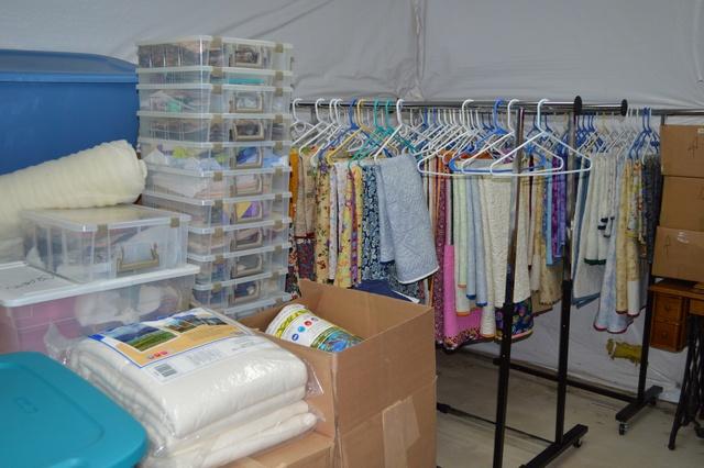 Photo 15 Quilt storage room
