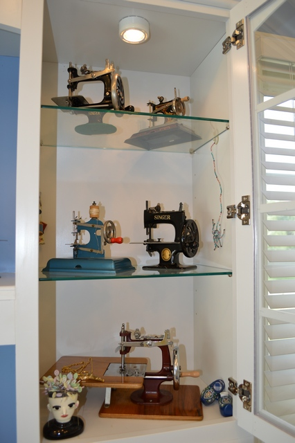 Photo 28 My antique toy sewing machine collections