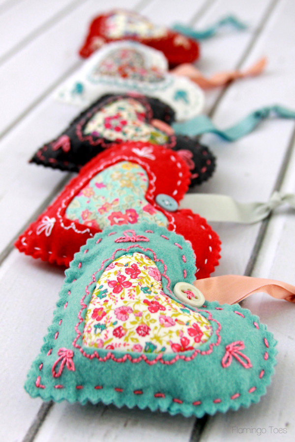 Fabric-Valentine-Sachets-600x900