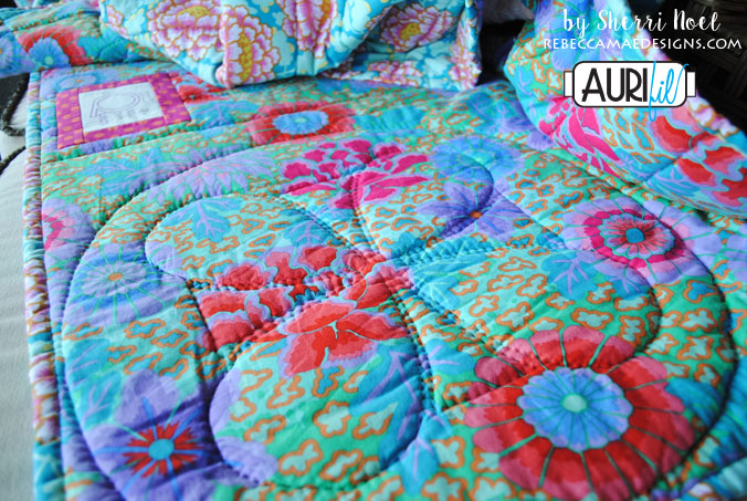 Big Stitch Hand Quilting by Sherri Noel – AURIbuzz : hand quilting stitch - Adamdwight.com