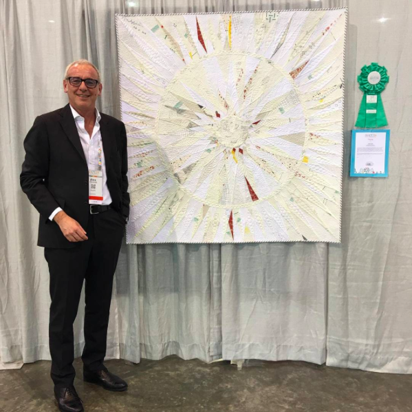 Alex Veronelli with the First Place Quilt (see below for more info)