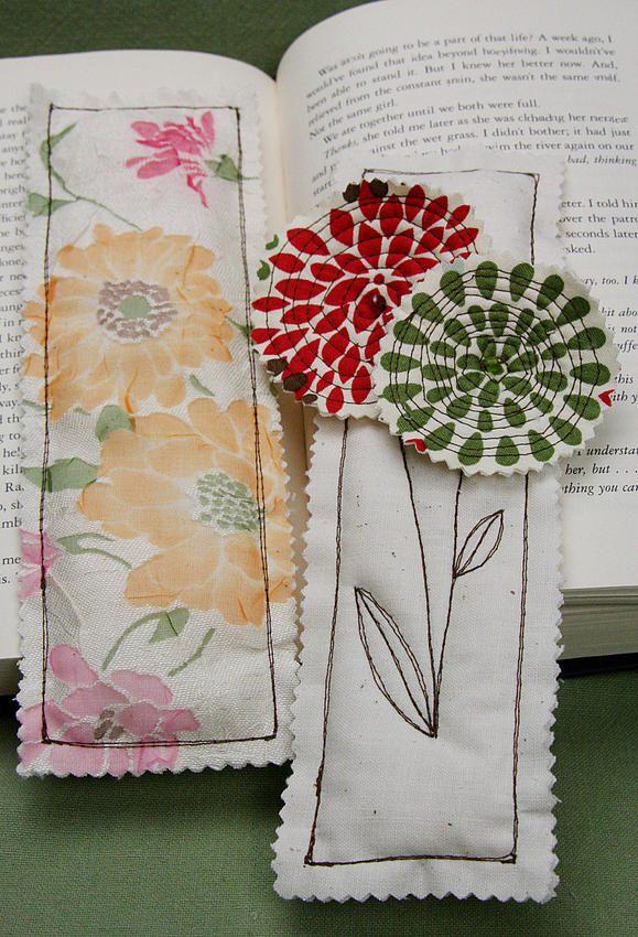 04-2012-Fabric-Bookmarks-1_product_main