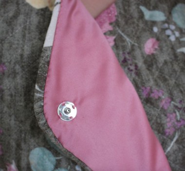 Lining of coat stitched in with Aurifil 50wt - @jennismithsews