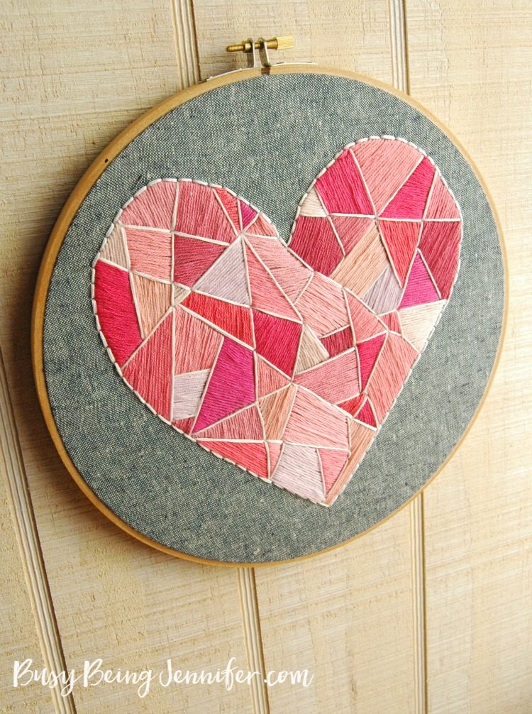 pink-and-white-geo-style-heart-hoop-art-busybeingjennifer.com_
